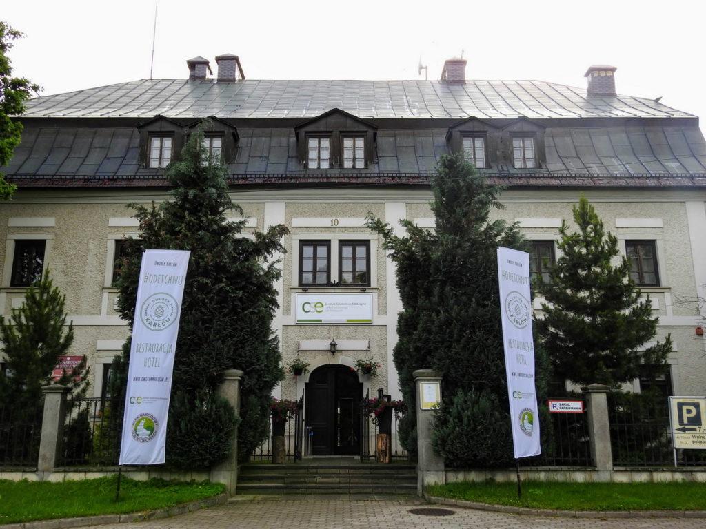 budova správy NP Stolové hory v Karlowě